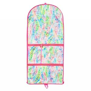 NWT Lilly Pulitzer Catch the Wave garment bag